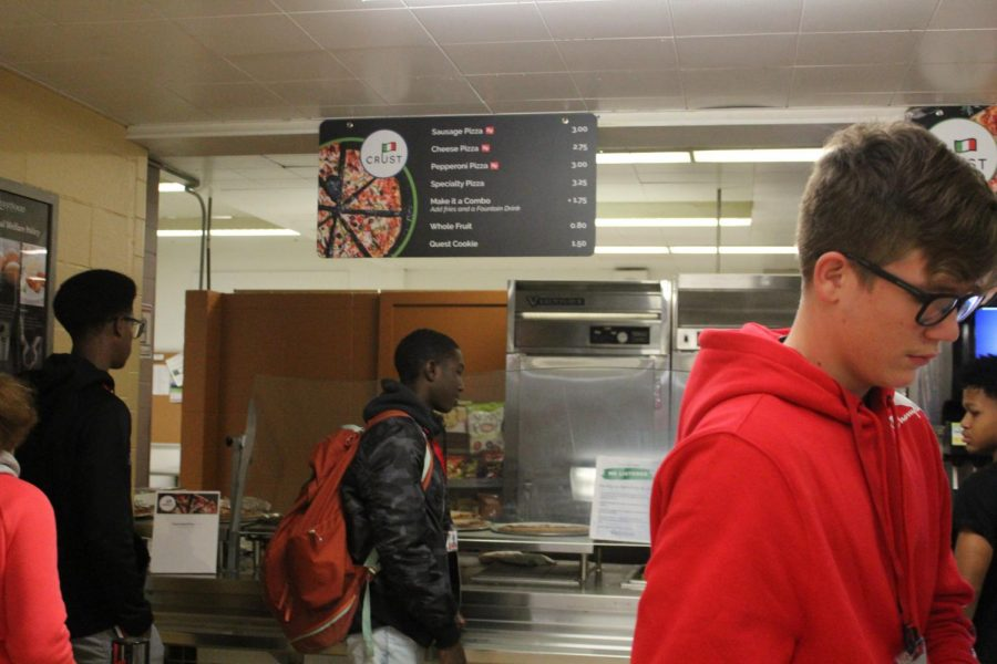 New changes to the lunch room: Students buying lunch in the South Cafeteria. The new food company, Quest Food Management Services,  has about 120 contracts. These include contracts with New Trier High School, DePaul College Prep, Saint Ignatius College Prep, University of Indianapolis, and more.