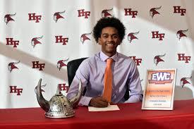 Kenyon Haynes signing to EWC
