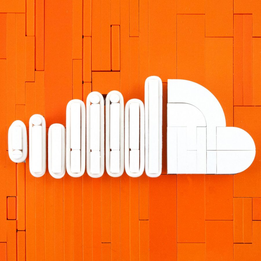 The SoundCloud logo in the form of a Lego.